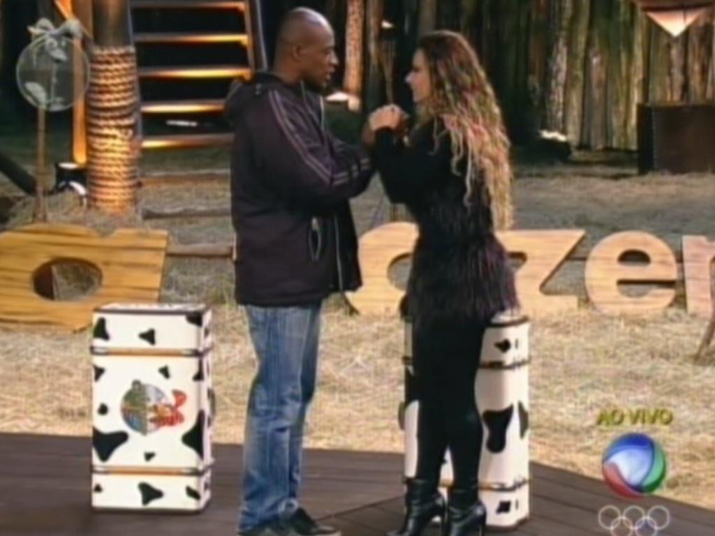 Lui Mendes se despede de Viviane Araújo após ser eliminado de