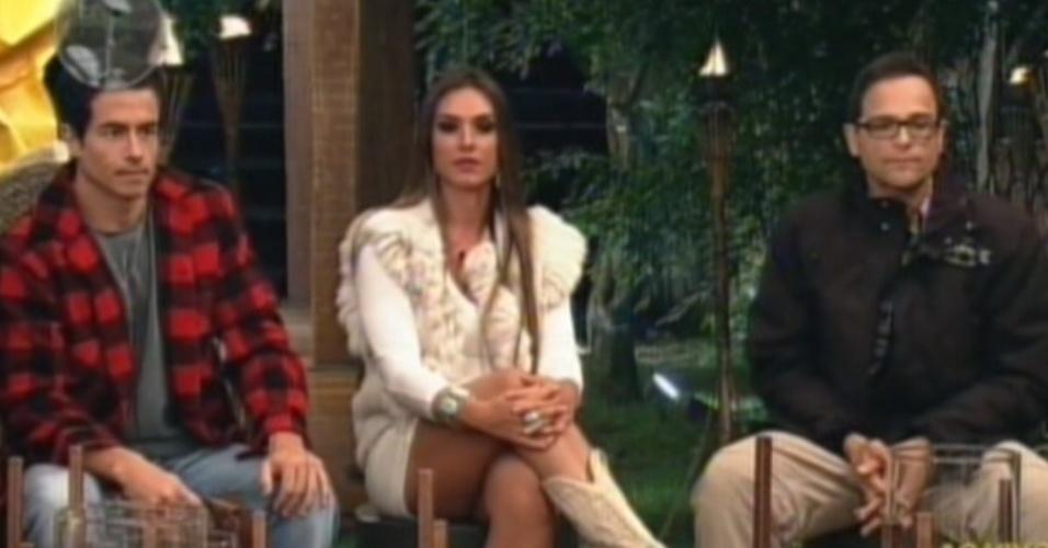 Felipe Folgosi, Sylvinho Blau Blau e Nicole Bahls foram mandados para a terceira roça do reality (19/6/12)