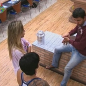 Diego Pombo explica motivo de desentendimento para peoas do reality (19/6/12)