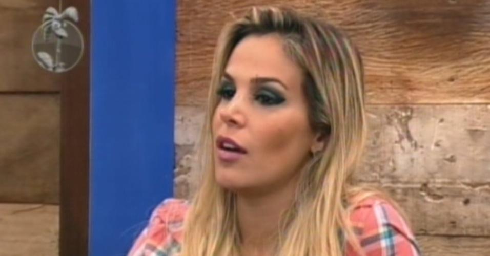 Robertha Portella vota em Nicole Bahls, com quem discutiu mais cedo (19/6/12)