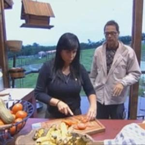 Gretchen e Sylvinho Blau-Blau conversam na cozinha do celeiro (21/6/12)