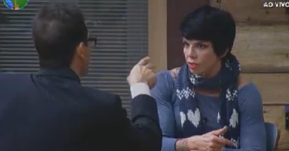 Sylvinho Blau-Blau e Penélope Nova conversam sobre comportamento de Gretchen e Viviane Araújo (21/6/12)