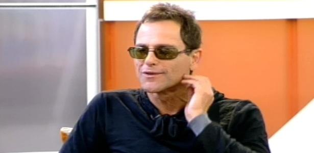 Sylvinho Blau-Blau dá entrevista ao programa