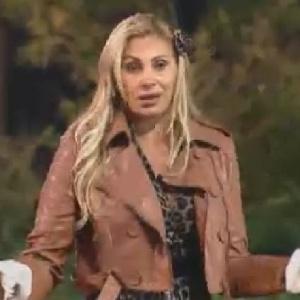 """Ângela Bismarchi aponta problemas com Vavá em dinâmica de """"A Fazenda 5"""" (24/6/12)"""