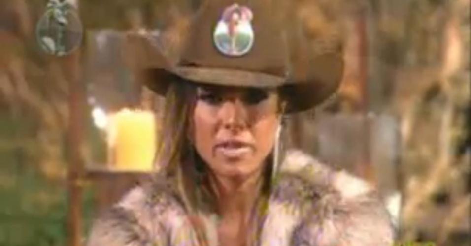 Nicole Bahls, fazendeira da semana, indica Robertha Portella para a roça (26/6/12)