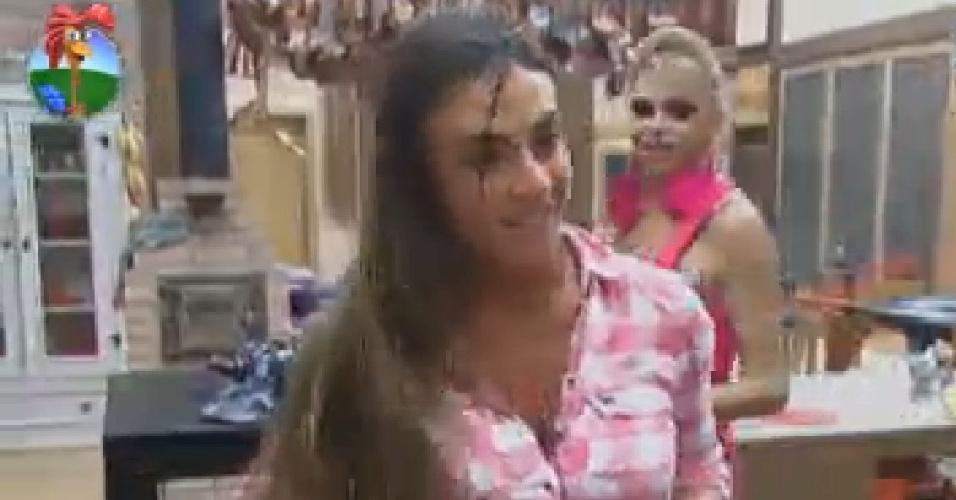 "Nicole Bahls dança ""Conga Conga Conga"" na cozinha (7/7/12)"