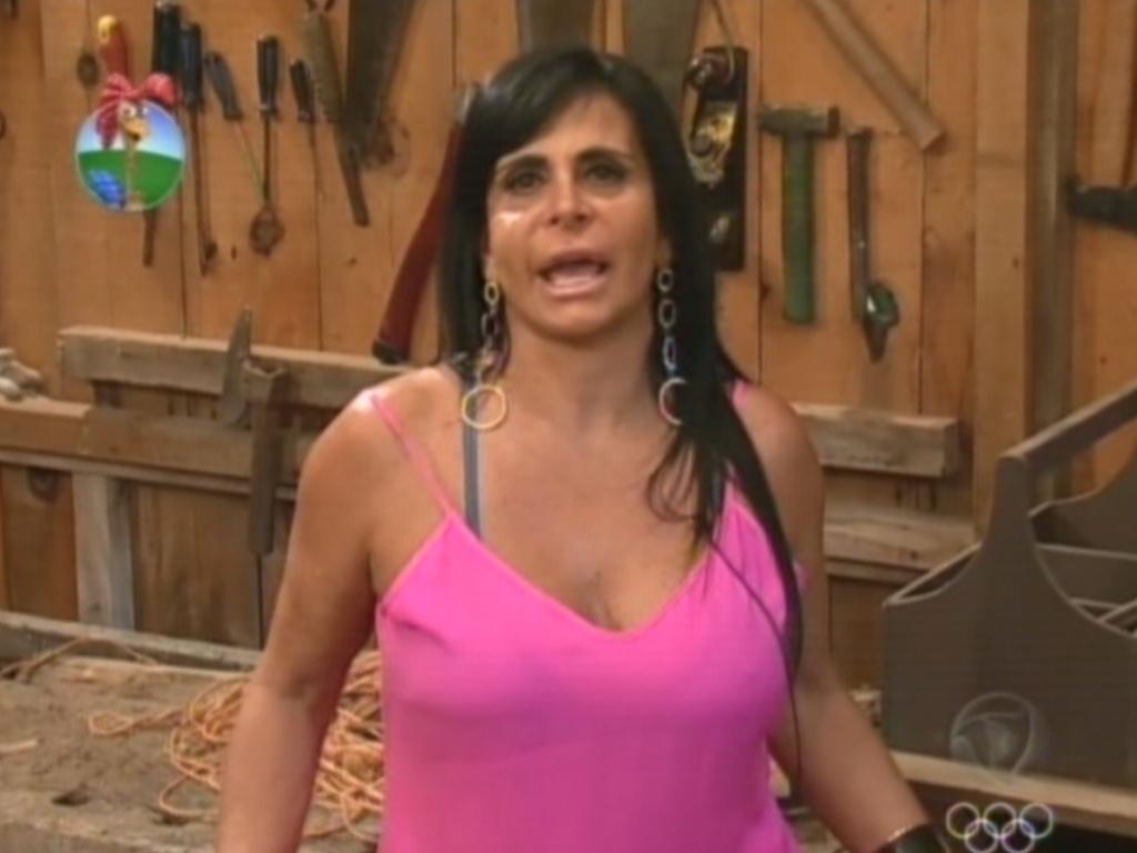 Gretchen explica motivos para a desistência do reality nesta sexta-feira (6)