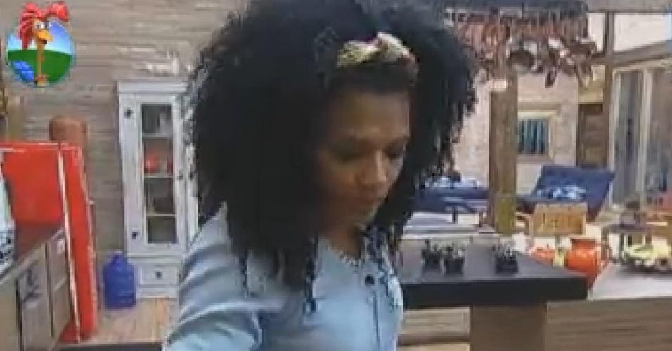 Simone Sampaio assume comando da cozinha depois de saída de Gretchen, antiga responsável pela função (8/7/12)
