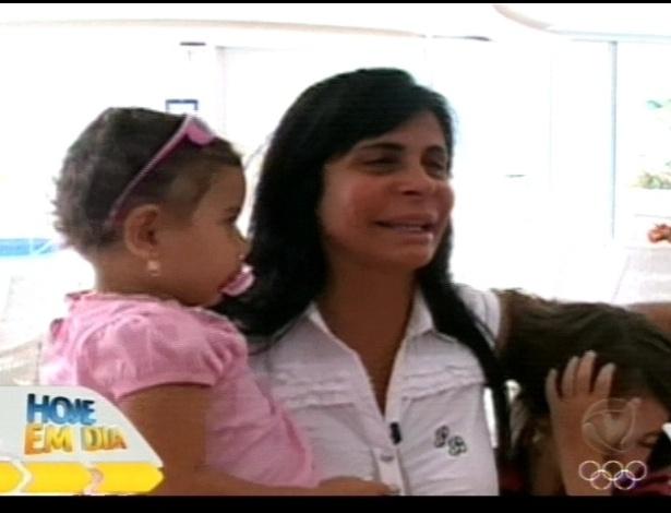 Gretchen reencontra as filhas Valentina e Giulia no programa