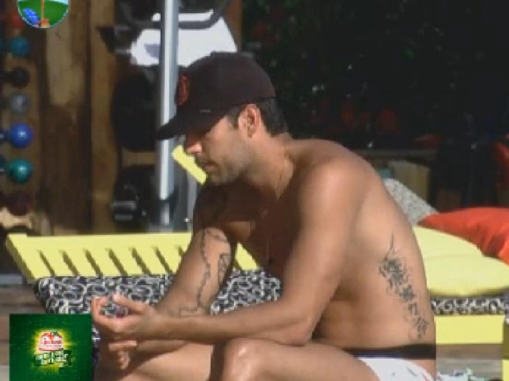 Diego Pombo conta sobre vídeo íntimo para Robertha Portella (19/7/12)