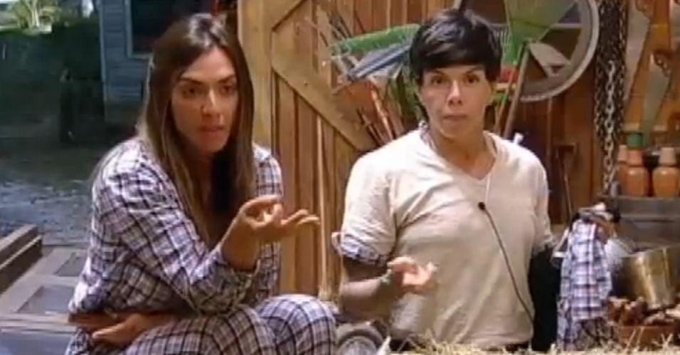 Nicole Bahls e Penélope Nova falam mal de Simone Sampaio (23/7/12)