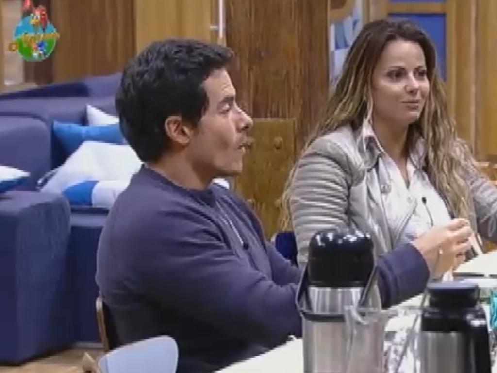 Viviane Araújo fala sde Sylvinho Blau Blau para Felipe Folgosi (26/7/12)