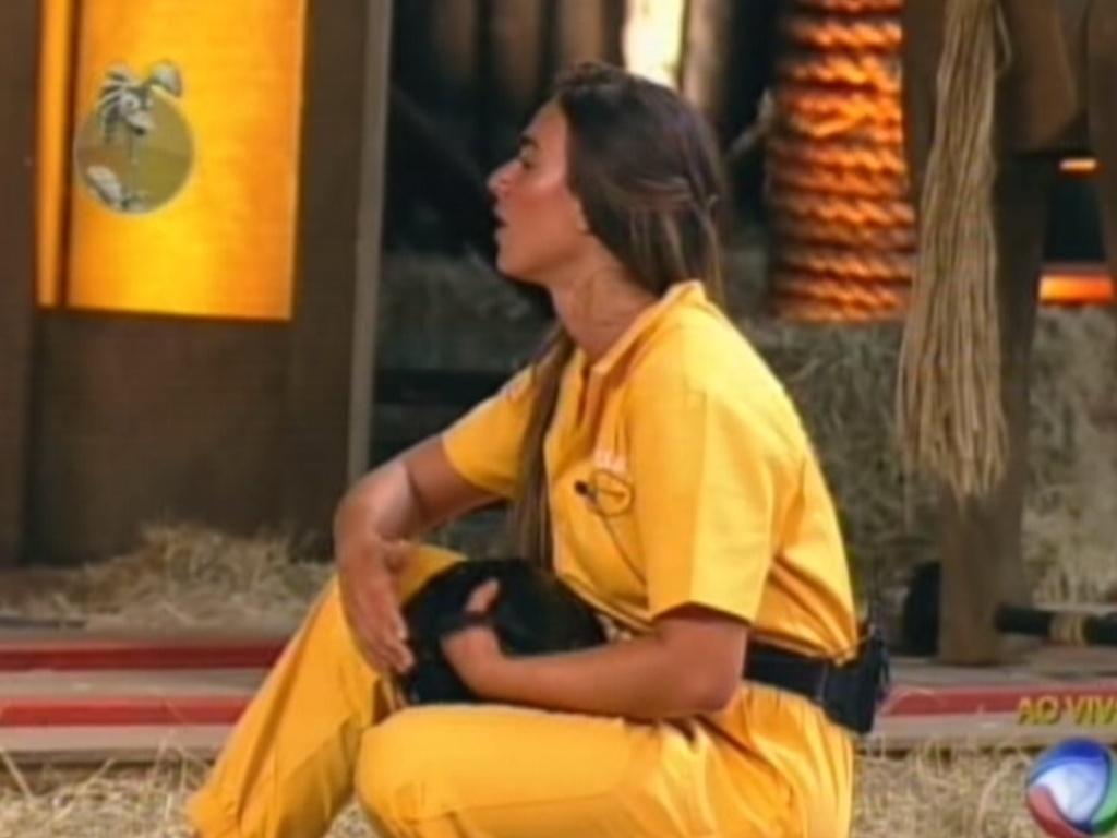Nicole Bahls é enviada para o celeiro por Simone Sampaio (29/7/12)