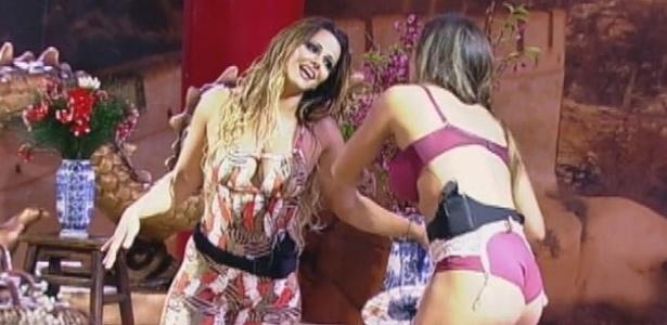 Viviane Araújo e Nicole Bahls e momento de aproximação na Festa China (3/8/12)