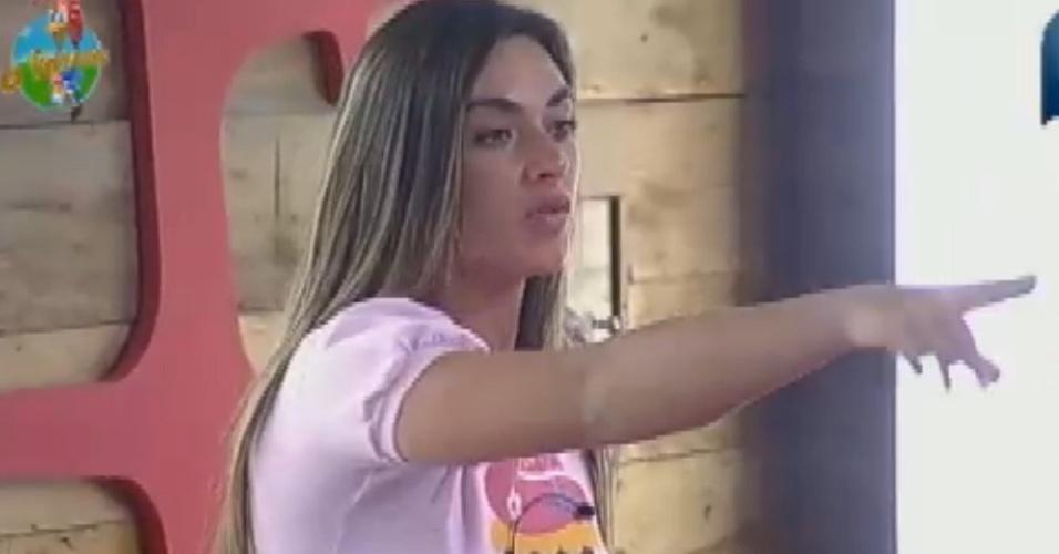 Nicole Bahls se irrita com comportamento de Felipe Folgosi e chama ator de frouxo (5/8/12)