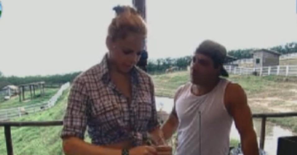 Vavá desabafa com Léo Áquilla sobre briga com Viviane e Simone