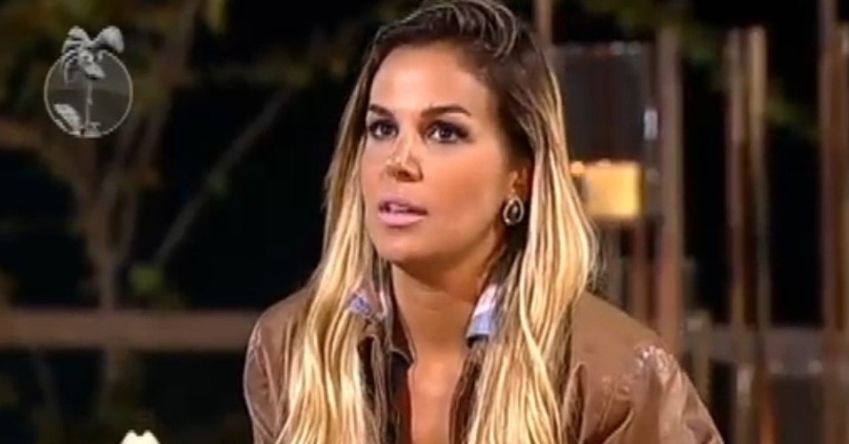 Fazendeira, Robertha Portella indica Nicole Bahls para a berlinda (7/8/12)