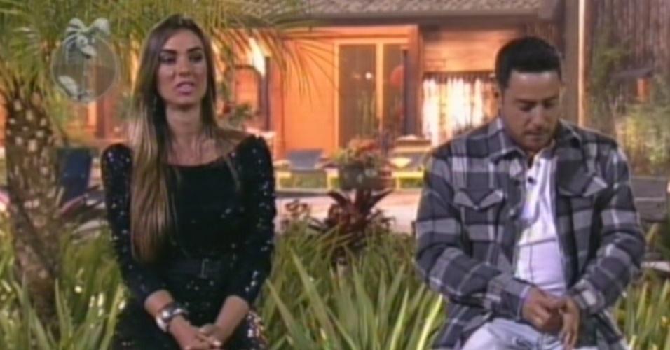 """Nicole Bahls e Vavá se enfrentam na nona roça de """"A Fazenda 5"""" (9/8/12)"""