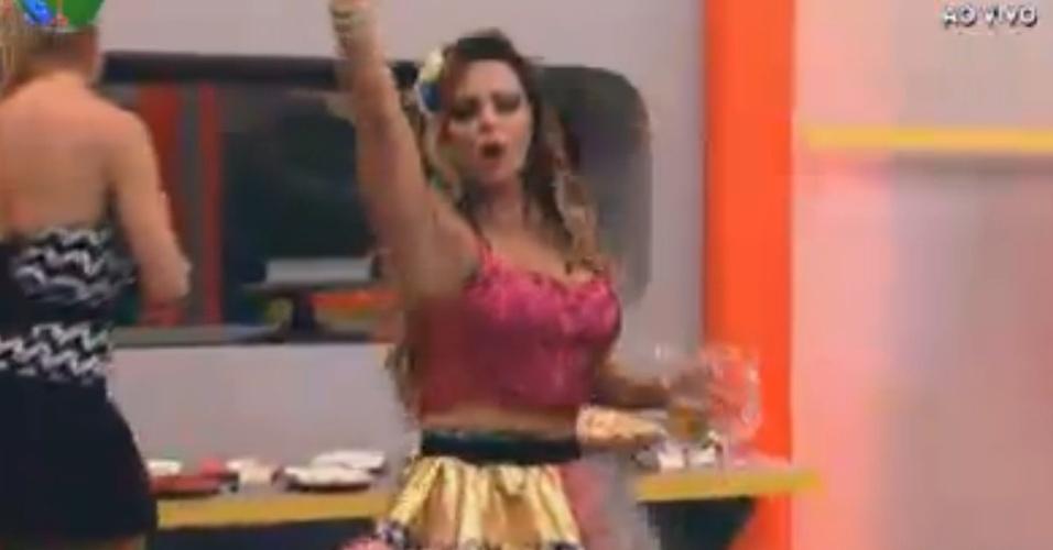 Viviane Araújo dança ao som de música sertaneja na festa Regiões (10/8/12)