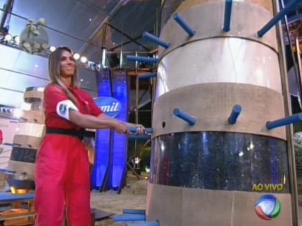 Nicole Bahls durante a prova do fazendeiro desta quarta-feira (15/8/12)