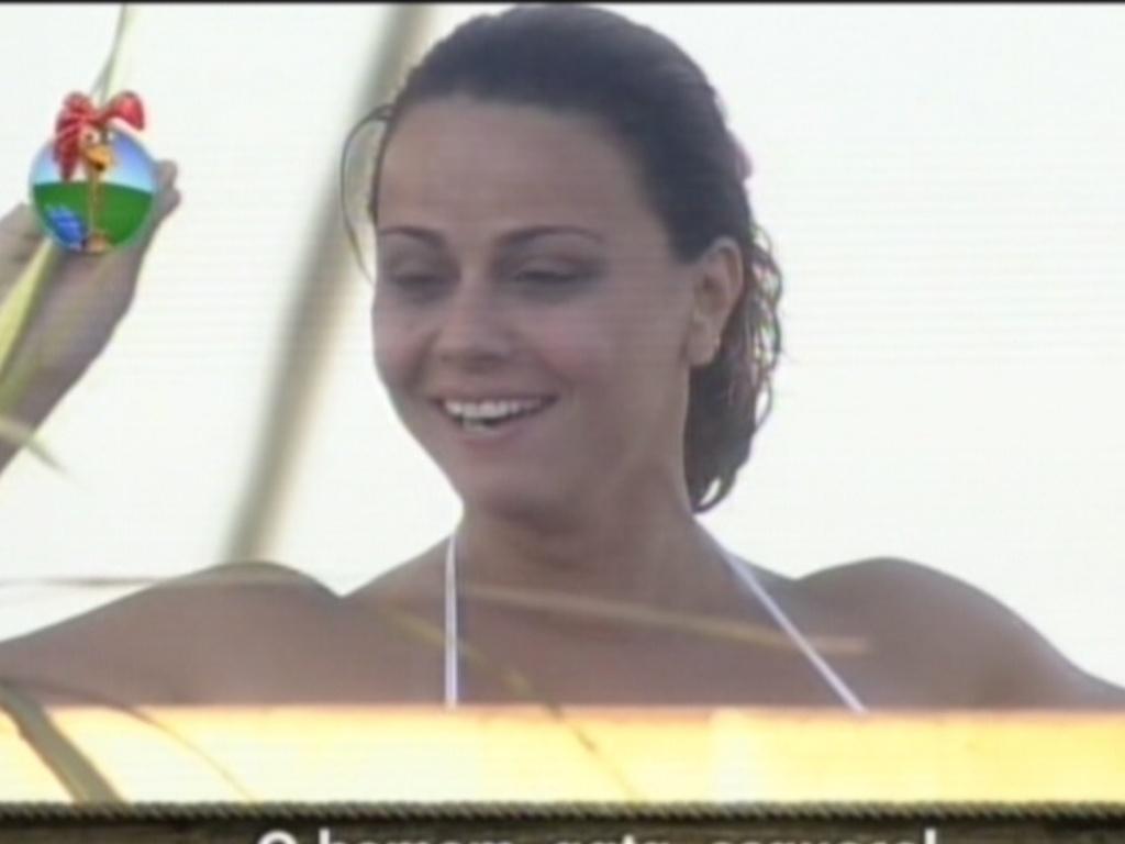 Viviane Araújo revela detalhes sobre traições do ex-marido, Belo (17/8/12)