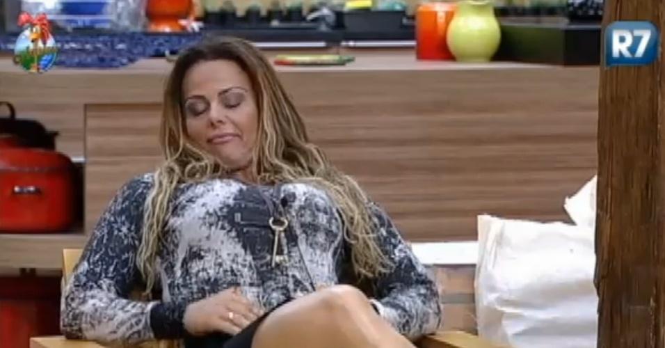 Viviane Araújo concorda timidamente com Léo Áquilla sobre comportamentos falsos no reality (19/8/12)