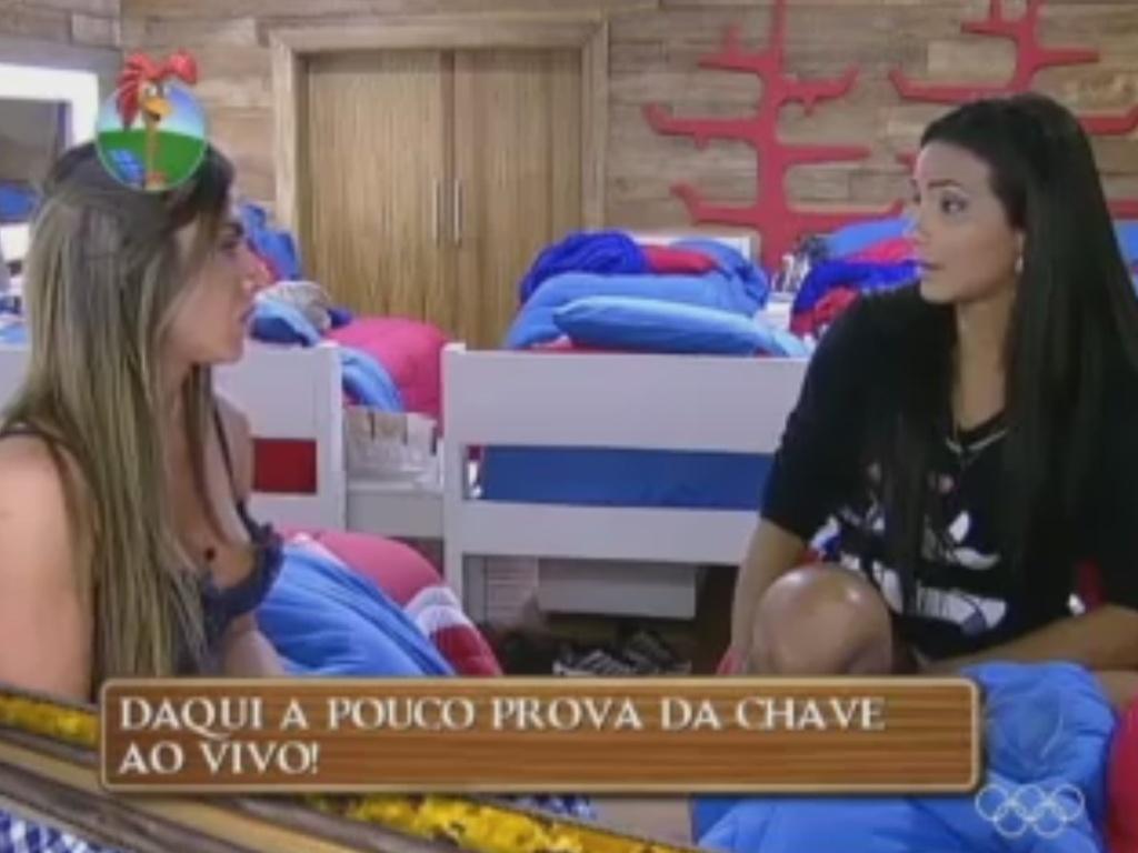 Nicole Bahls repreende Shayene por comentário sobre votos com Ângela Bismarchi (17/6/12