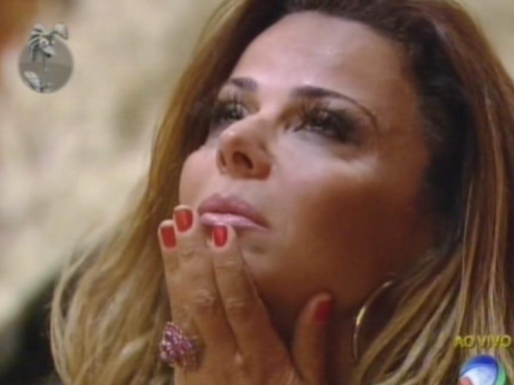 A torcida de Viviane Araújo demonstrou a força da peoa, que teve um amplo apoio na roça (23/8/12)