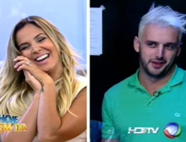 """Robertha Portella encontra Rodrigo Capella no programa """"Hoje em Dia"""" (24/8/12)"""