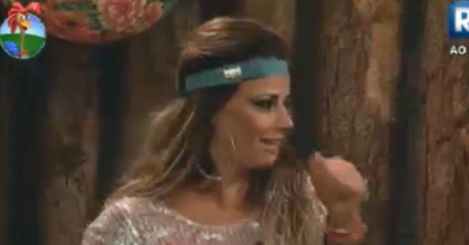 Viviane Araújo lembra saída de Gretchen do programa (24/8/12)