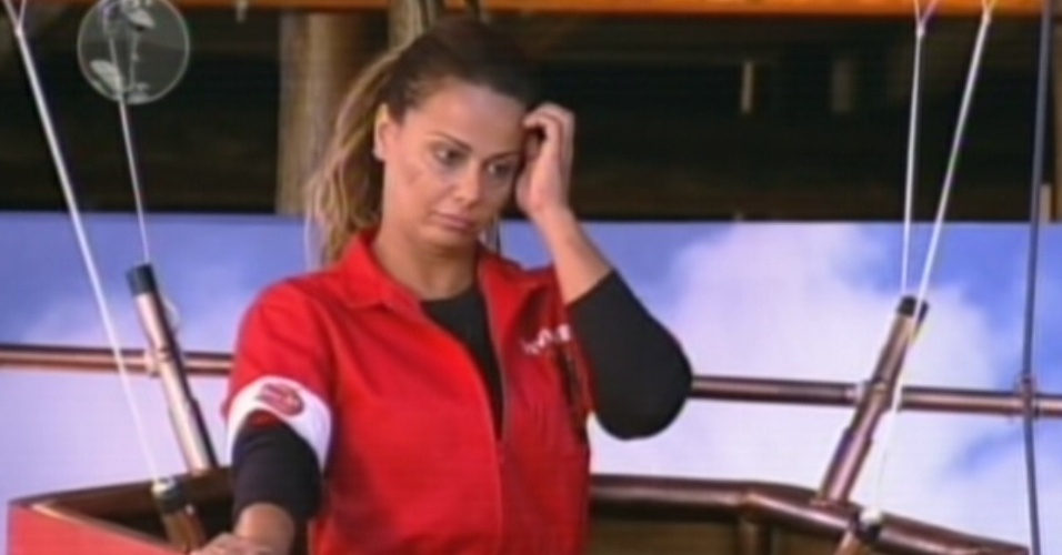 Viviane Araújo concorre à vaga na final  (25/8/12)