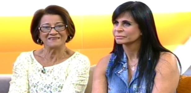 Mãe de Viviane Araújo e a cantora Gretchen durante entrevista ao programa
