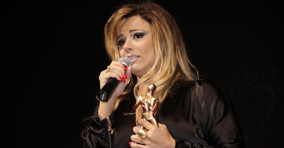 Viviane Araújo durante a premiação do 14º Tamborim de Ouro (17/03/2011)