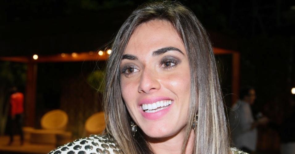 A ex-peoa Nicole Bahls volta à fazenda para a final do programa (29/8/12)