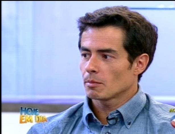 """Felipe Folgosi comenta sua participação em """"A Fazenda 5"""" no programa """"Hoje em Dia"""" (30/8/12)"""
