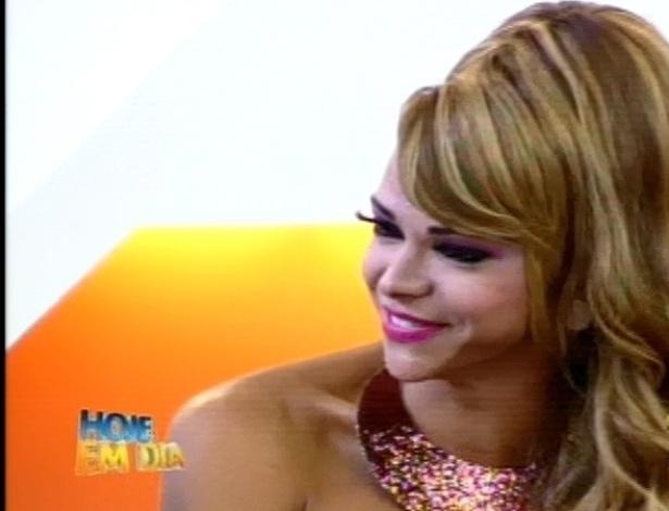 """Léo Áquilla comenta sua participação no reality show no programa """"Hoje em Dia"""" (30/8/12)"""