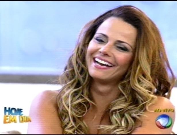 """Viviane Araújo pariticpou do programa """"Hoje em Dia"""" na manhã desta quinta-feira (30/8/12)"""
