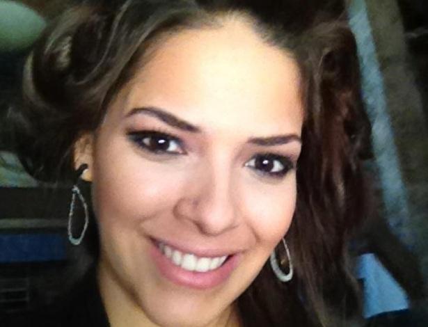 A peoa Nuelle Alves tem 23 anos e é natural de Jaraguá, em Goiás (26/10/12)