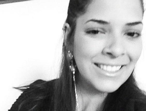 Nuelle Alves se define como uma pessoa simples, extrovertida, desorganizada, ansiosa, polêmica e briguenta (26/10/12)