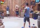 Peões do celeiro se divertem com jogos e pulando corda - Reprodução/Record