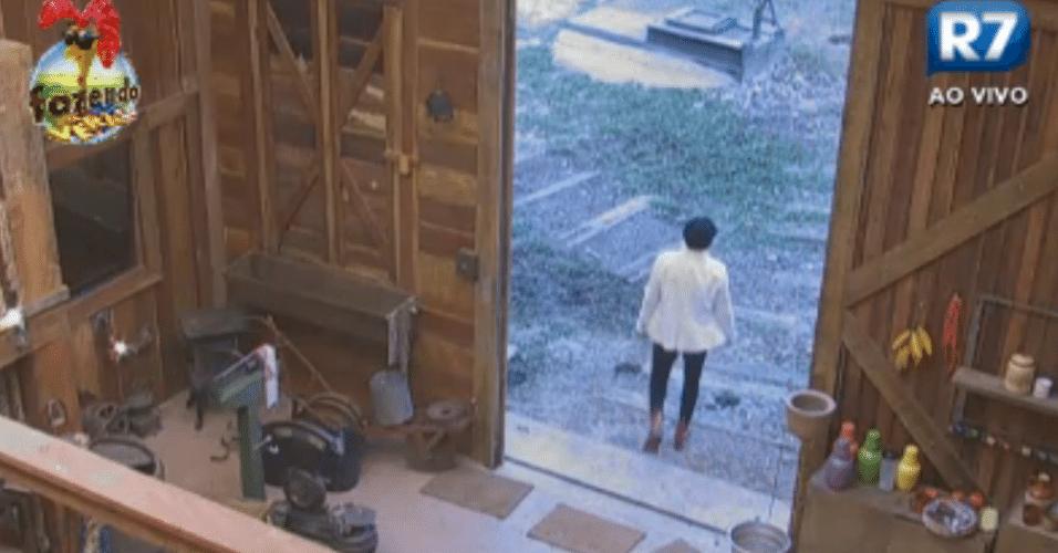 Porta do Celeiro é aberta para os peões