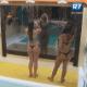 Nuelle e Bianca tomam banho juntas - Reprodução/Record