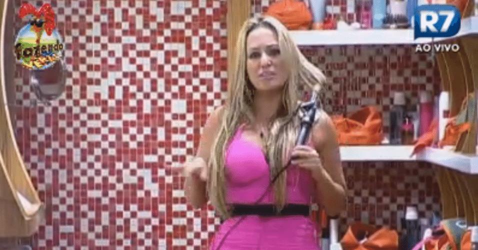 Isis Gomes se arruma para brincadeira com Karine