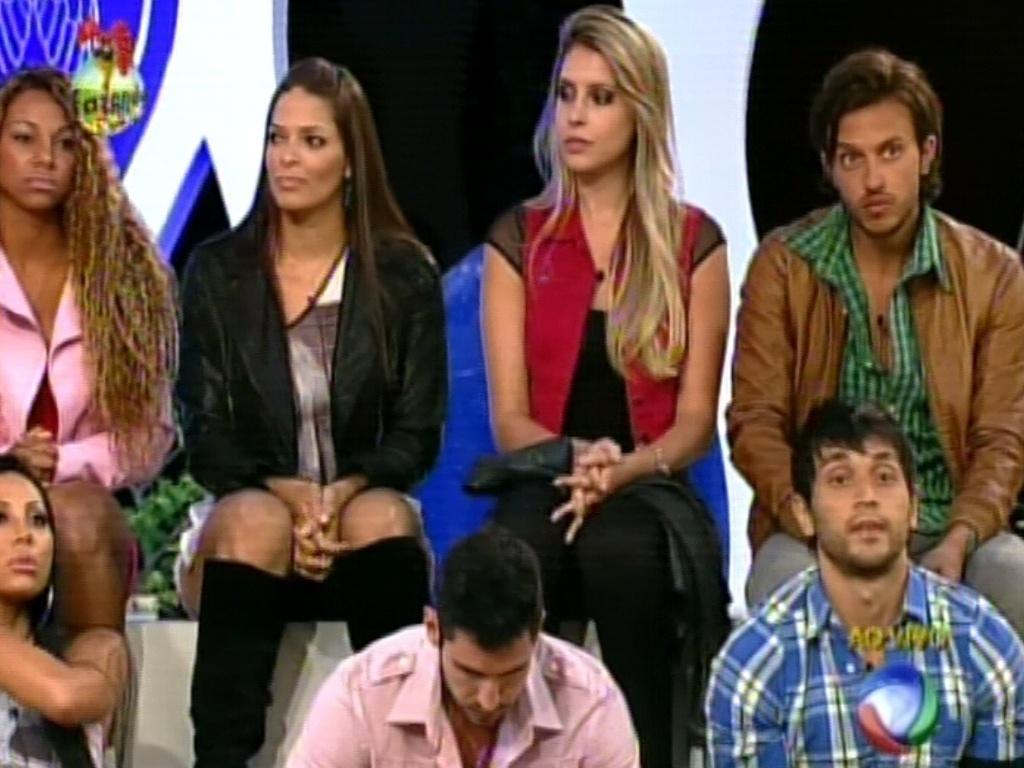 Peões ouviram com atenção as instruções de Rodrigo Faro