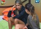"""""""Se eu voltar, vão ter que me aguentar"""", diz Gabriela sobre roça - Reprodução/Record"""