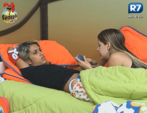 Bianca conversa sobre Simões com Gabriela