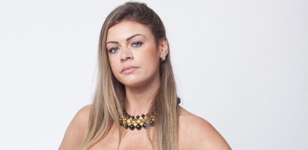 Manoella Stoltz, de 27 anos, é a nova integrante da Fazenda de Verão