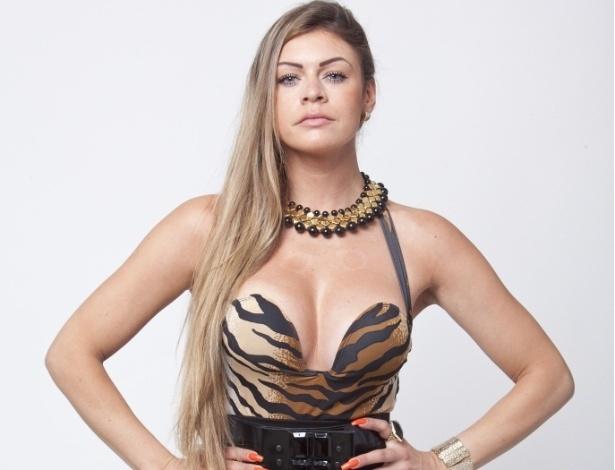 Manoella Stoltz, nova integrante da Fazenda de Verão (23/11/12)