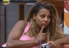 """Sobre Lucas, Karine diz para Haysam: """"Eu tenho medo dele"""" - Reprodução/Record"""