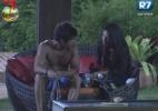 Victor ouve desabafo de Nuelle e Natalia explica críticas - Reprodução/Record